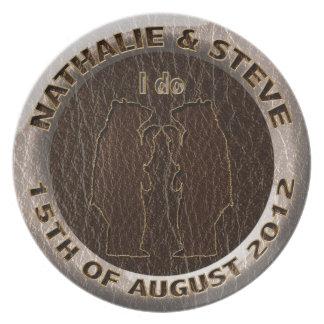 Leather-Look Bear Wedding Dark 2 Melamine Plate