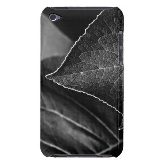 leaves being iPod touch Case-Mate case