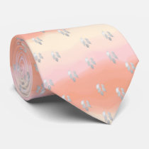 Leaves with bottom pie neck tie