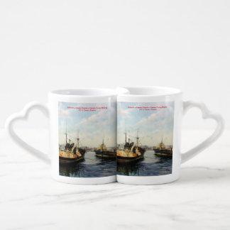 Leaving to feaner/Saíndo to kill/Going fishing Couples' Coffee Mug Set