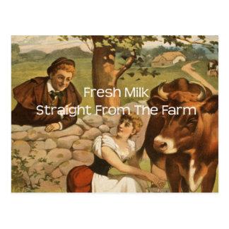 Leche fresca derecho de la granja postal