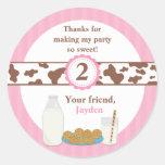 Leche y fiesta de cumpleaños de las galletas pegatinas redondas