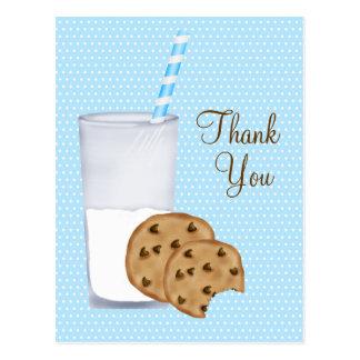 leche y galletas postal
