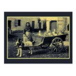 lechera flamenca del vintage, carro del perro tarjeta postal