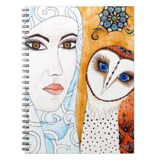 Lechuza, de velo & mujer