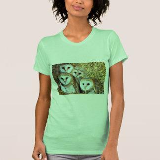 Lechuzas comunes jovenes camisetas