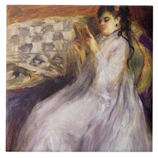Lectura de la mujer joven, c.1873 (aceite en lona) azulejo cuadrado grande
