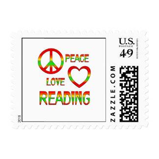 Lectura del amor de la paz sello postal