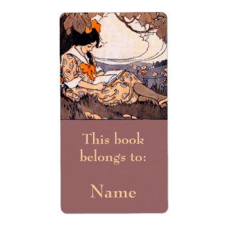 Lectura del chica debajo del Bookplate del árbol Etiqueta De Envío