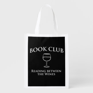 Lectura del círculo de lectores entre los vinos bolsa para la compra