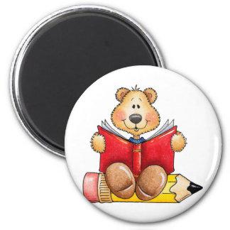 Lectura del oso de peluche imán redondo 5 cm