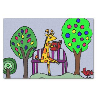 Lectura divertida de la jirafa en el parque papel de seda pequeño