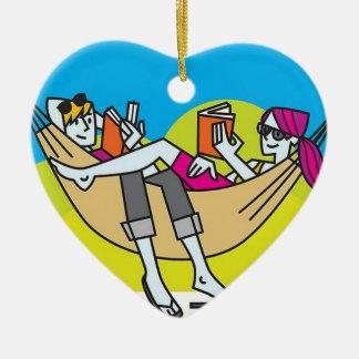 Lectura romántica en el verano ornaments para arbol de navidad