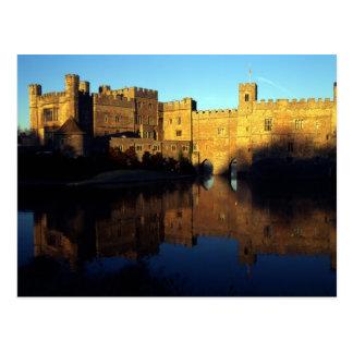Leeds Castle, 12ma C., ciudadela normanda y Tarjetas Postales