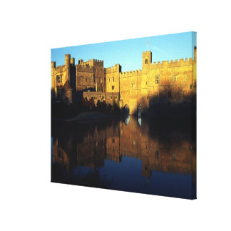 Leeds Castle, 12th c., Norman stronghold and Canvas Print