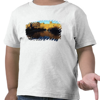 Leeds Castle, 12th c., Norman stronghold and T-shirt