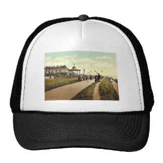 Lee's Promenade and Bandstand, Folkestone, England Mesh Hat