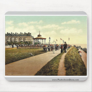Lee's Promenade and Bandstand, Folkestone, England Mousepad