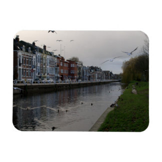 Leidse Rijn canal, Utrecht Magnets