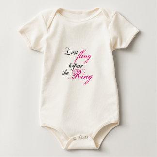 leísteis fling trajes de bebé