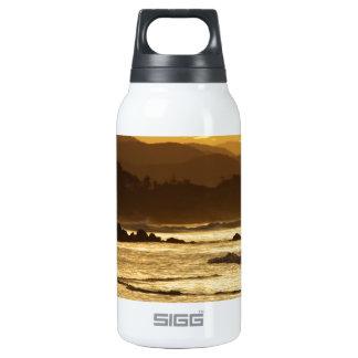 Lejos… Botella Isotérmica De Agua