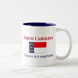 Lema de Carolina del Norte Taza De Dos Tonos