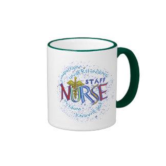 Lema de la enfermera del personal taza de dos colores