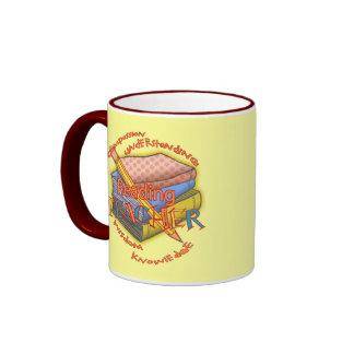 Lema del profesor de lectura taza a dos colores