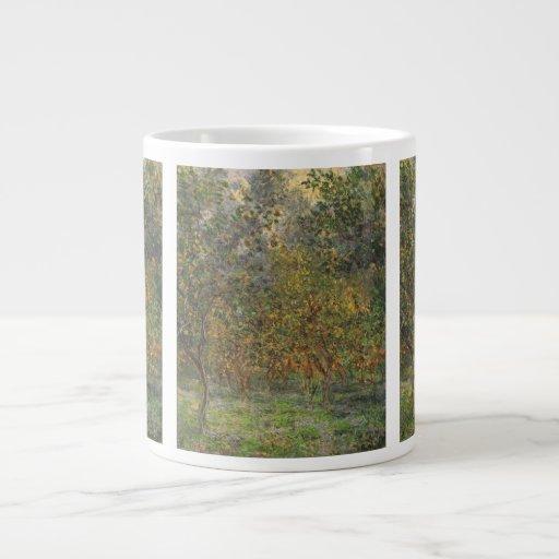 Lemon Grove en Bordighera de Claude Monet Taza Extra Grande