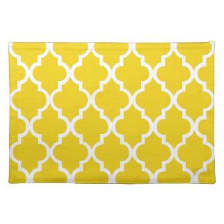 Lemon Yellow Quatrefoil Tiles Pattern Cloth Placemat