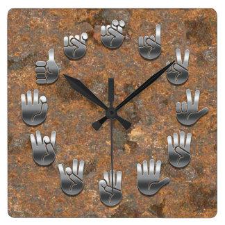 Lenguaje de signos - oxidado reloj cuadrado