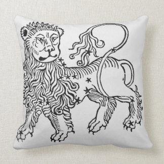 Leo (el león) un ejemplo del 'Poeticon Almohadas