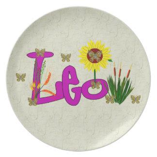 Leo Flowers Dinner Plate