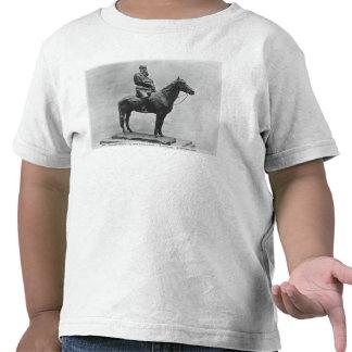 Leo Tolstoy riding Delire Tshirt