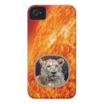 León africano y caso ardiente del dispositivo de iPhone 4 protector