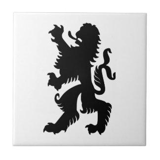 León bávaro negro tejas  ceramicas