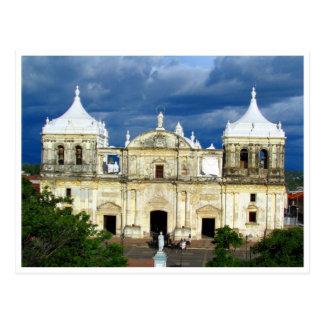 león cathedral postcard