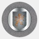León Chainmail del escudo del metal Pegatinas Redondas