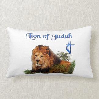 León de la mercancía de Judah Cojín Lumbar