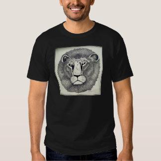 León de Leo por Piliero Camisas