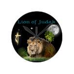 León de los regalos y de la ropa cristianos de Jud Relojes