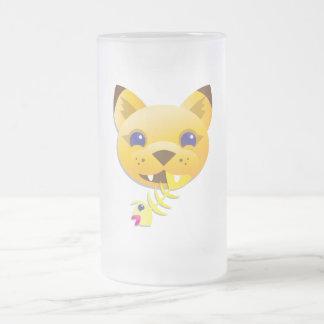 León de montaña taza de cristal