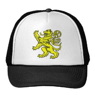 León de oro gorras
