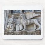 León de Venecia Alfombrillas De Ratón