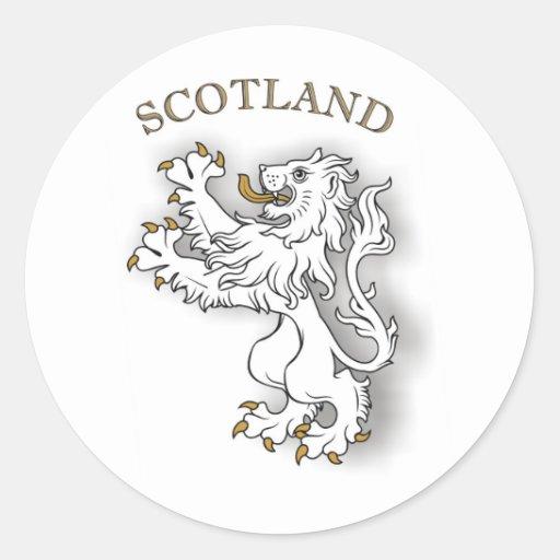León del blanco de Escocia Pegatina Redonda