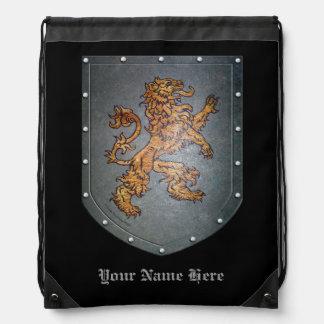 León del escudo del metal mochila