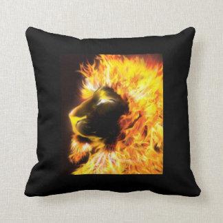 león del fuego almohadas