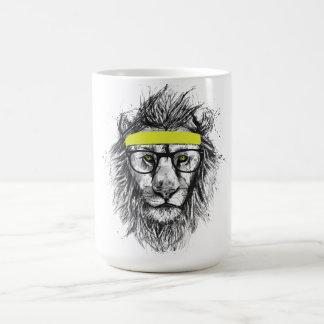 león del inconformista taza básica blanca