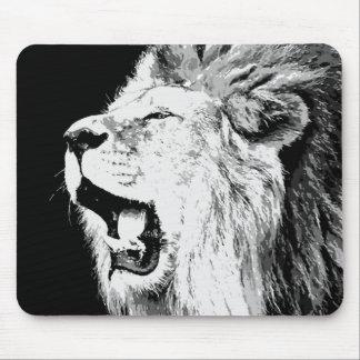 León del rugido tapetes de ratón