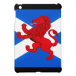 León desenfrenado de Escocia, bandera de Saint And iPad Mini Protectores